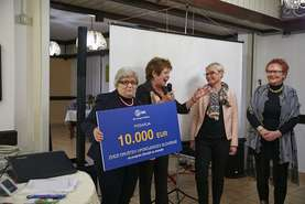 From left: Rožca Šonc, Elderly for the Eldery program manager; Vera Pečnik, vice president ZDUS; Mojca Pavlin from Lek; and Duška Zdovc Mavrin, regional coordinator of the Elderly for the Elderly program for Carinthia