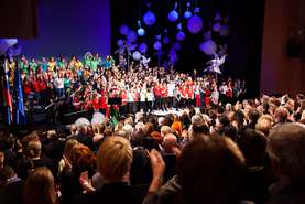 More than 200 children sang along with well-known Slovene musicians and the whole auditorium