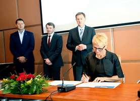 On behalf of Lek, the declaration of Commitment to Business and Human Rights was signed by Ksenija Butenko Černe, Member of the Board of Management